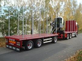 Equipement forestier avec remorque 3 essieux plateau Scania 6x4 + grue Tajfun-Liv L190Z96 cabine + R31700