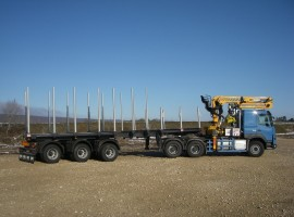 Forestry equipment for Steered 3 axles extendable semi-trailer Volvo 6x4 + crane Tajfun-Liv 300K99