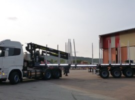 Forestry equipment for Steered 3 axles extendable semi-trailer Scania 6x4 + crane Tajfun-Liv 300K87