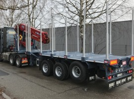 3 axles extendable semi-trailer with crane on goose-neck Volvo 6x4 + crane DIEBOLT D40-93
