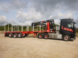 3 axles extendable semi-trailer with crane on goose-neck Volvo 6x4 + crane Jonsered 3720-91 + 3 axles extendable semi-trailer