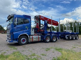 Hydraulic equipment with crane on Steered 3 axles extendable semi-trailer Volvo 6x4 + crane DIEBOLT D40.91 + Steered 3 axles extendable semi-trailer