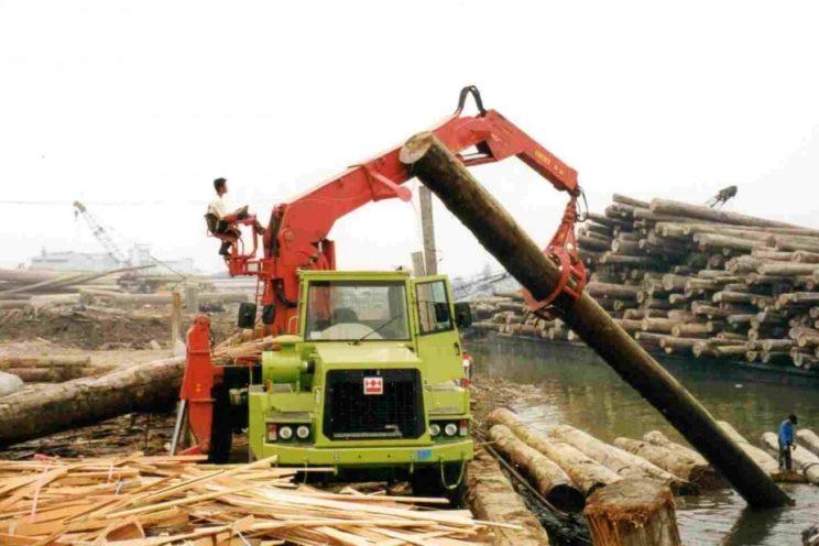 Damper toute marque pour usage spécial (manutention et transport de bois, pétrolier…)