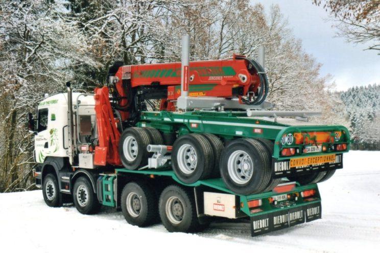 Équipement forestier pour bois long