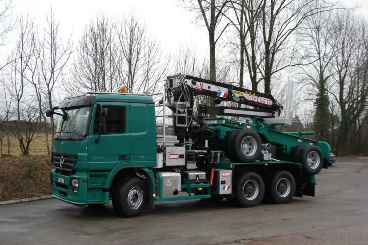 24 Tm crane for timbers