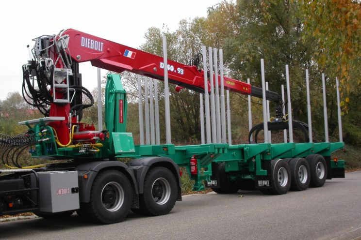 40 Tm crane for timbers