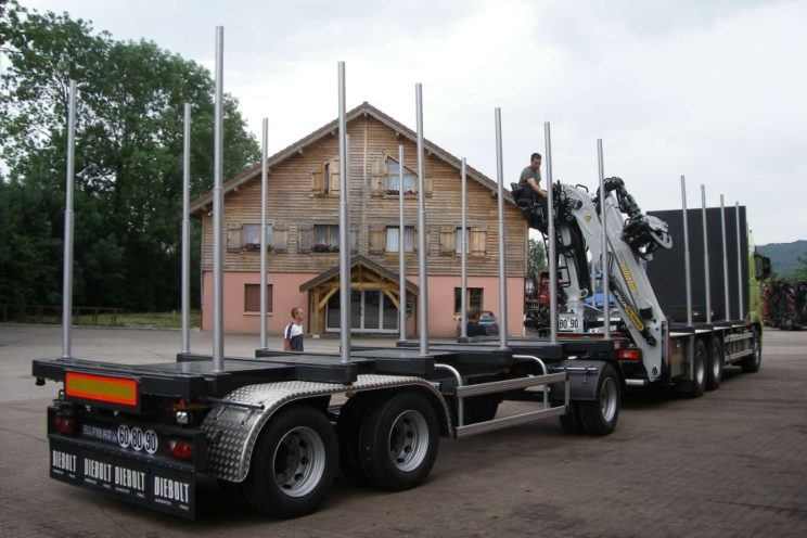 3 axles trailer with bunks