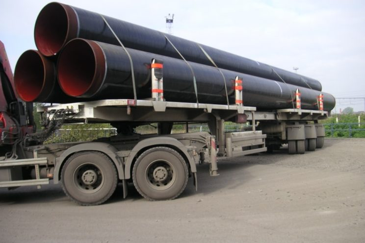 2 or 3 axles semi-trailer for different diameters and length pipelines' transport – outside EU