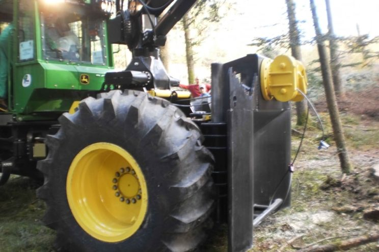 Tractor skidding equipment